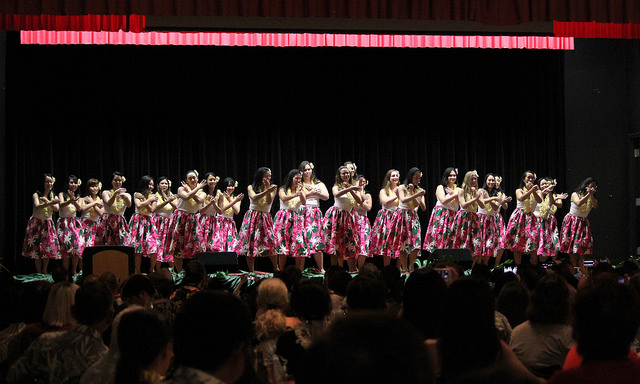 New MD graduates dance hula at their Senior Lūʻau